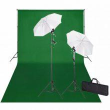 Stúdió felszerelés zöld háttérrel, 2 ernyővel